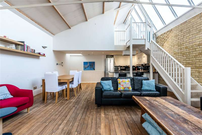 3 Bedrooms Terraced House for sale in Welmar Mews, London, SW4