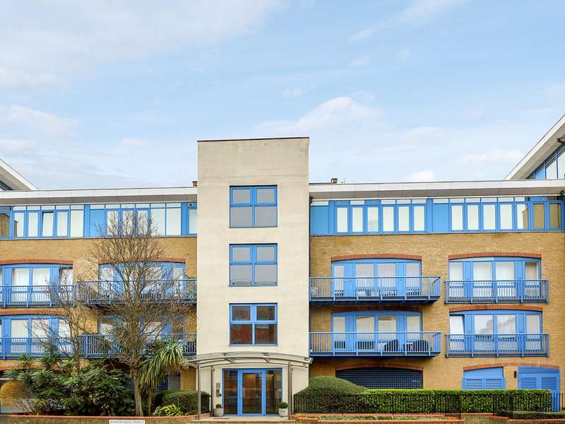 2 Bedrooms Flat for sale in Rotherhithe Street, Rotherhithe SE16