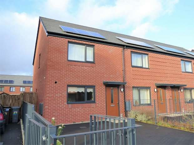 3 Bedrooms Semi Detached House for sale in Beastow Road, Manchester