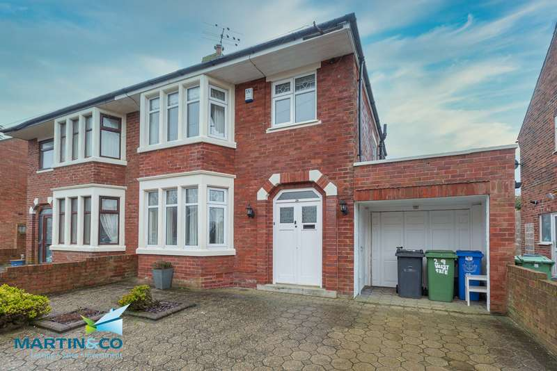 3 Bedrooms Semi Detached House for sale in Westgate , Fleetwood FY7