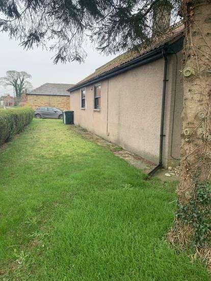 2 Bedrooms Bungalow for sale in West Lane, Haltham, Horncastle, Lincolnshire