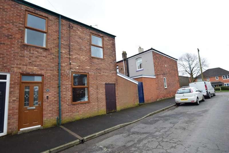 3 Bedrooms End Of Terrace House for sale in Smith Street, Kirkham, PR4 2JB