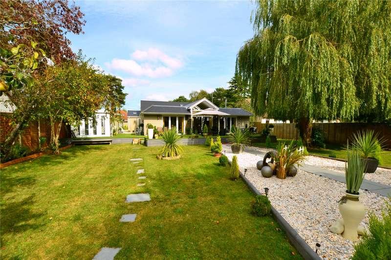 4 Bedrooms Detached House for sale in Braeside Road, St. Leonards, Ringwood, Dorset, BH24