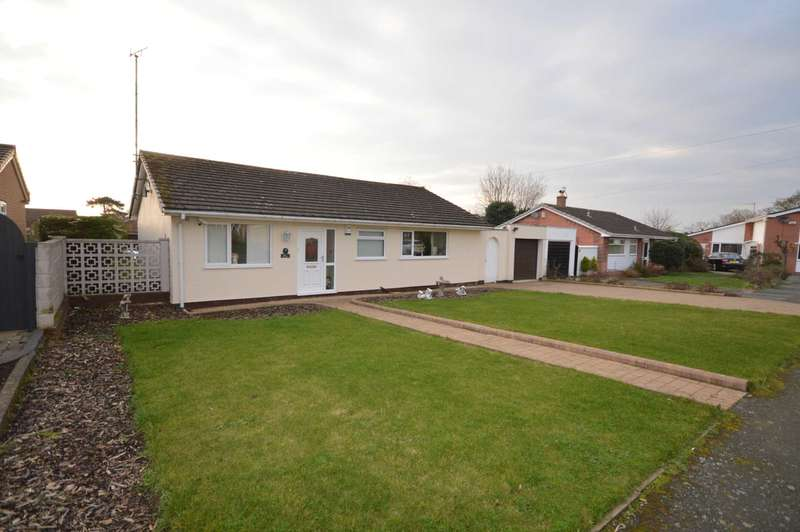 2 Bedrooms Bungalow for sale in The Looms, Neston