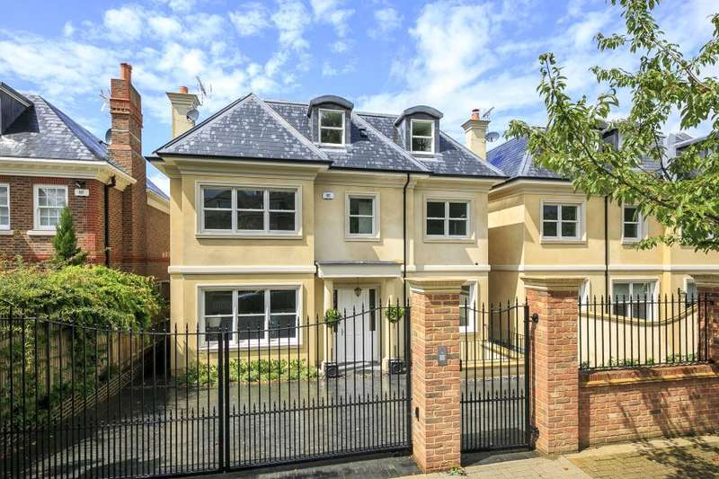 7 Bedrooms Detached House for sale in Roehampton Gate, Roehampton, SW15