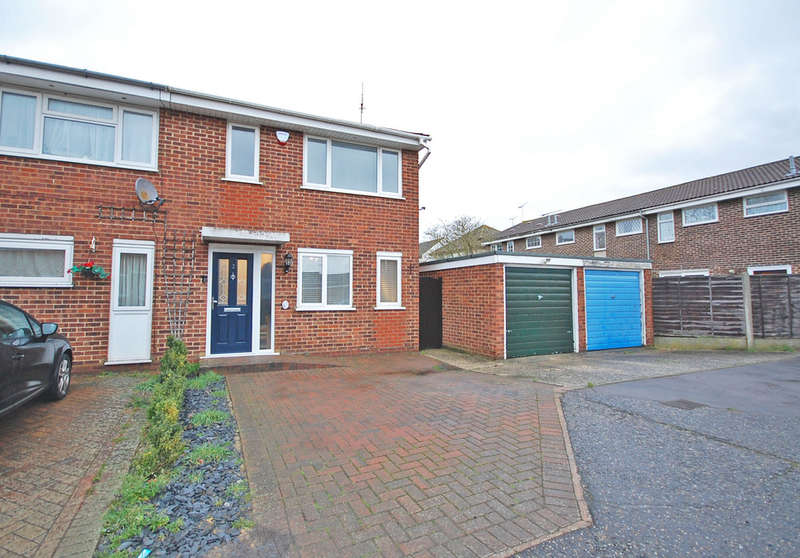 3 Bedrooms Semi Detached House for sale in Rich Close, Great Leighs, Chelmsford, CM3