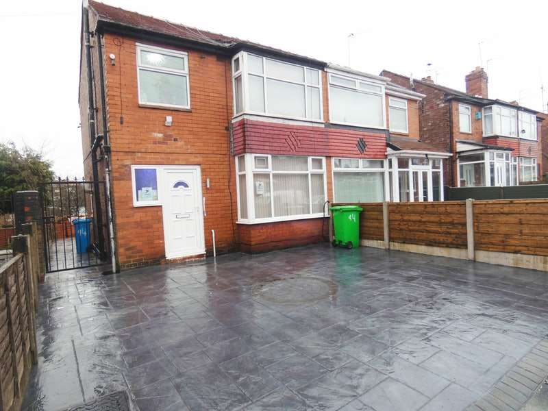 3 Bedrooms Semi Detached House for sale in Bluestone Road, Manchester, Greater Manchester, M40