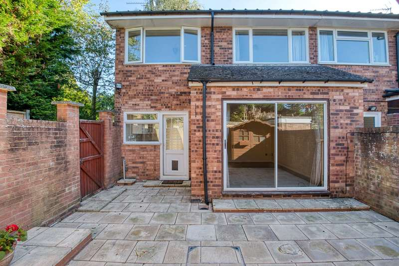 3 Bedrooms Semi Detached House for sale in St Johns Close, Henley-in-Arden, Warwickshire, B95