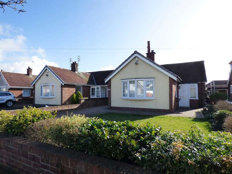 2 Bedrooms Detached Bungalow for sale in Smithy Lane, St Annes
