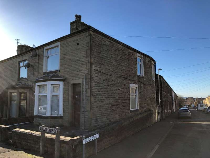2 Bedrooms End Of Terrace House for sale in 13 Queen Street, Burnley, Lancashire