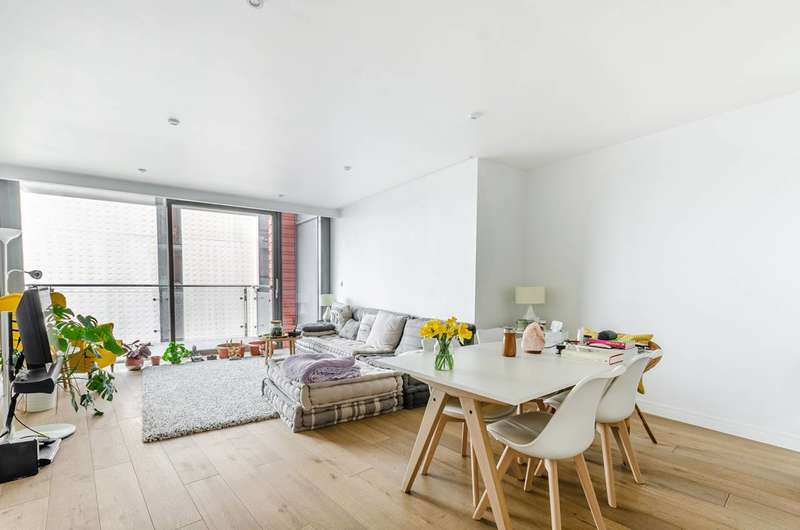 1 Bedroom Flat for sale in Central St Giles Piazza, Covent Garden, WC2H