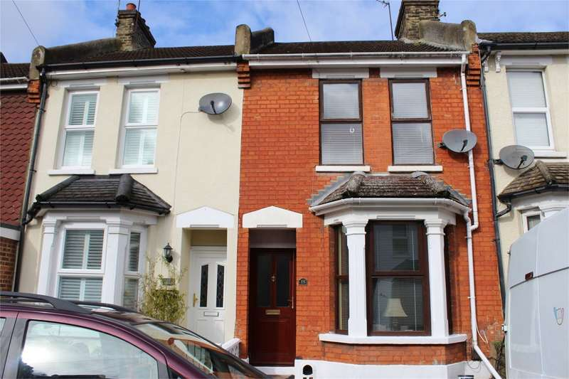 2 Bedrooms Terraced House for sale in Hayward Avenue, Strood, Rochester, Kent