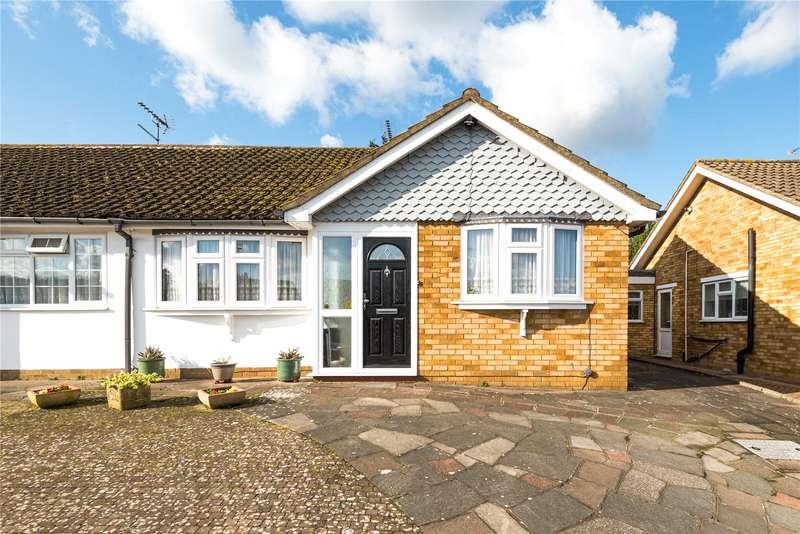 2 Bedrooms Semi Detached Bungalow for sale in Arden Close, Bushey Heath, Bushey, WD23