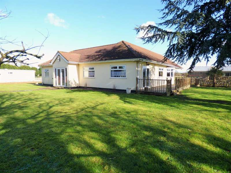 4 Bedrooms Bungalow for sale in South Road, North Somercotes, Louth, LN11 7PT