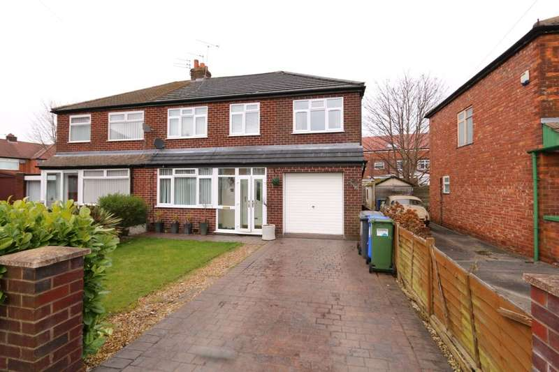4 Bedrooms Semi Detached House for sale in David Street, Denton, Manchester, M34