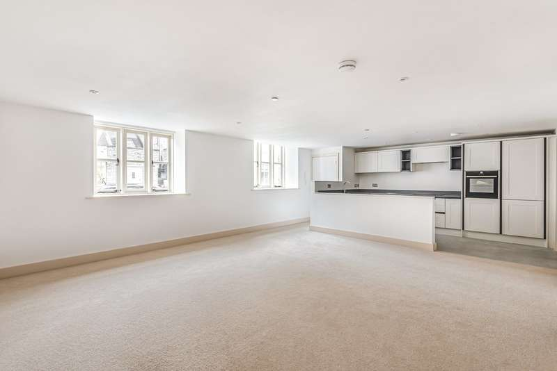2 Bedrooms Flat for sale in Tetbury