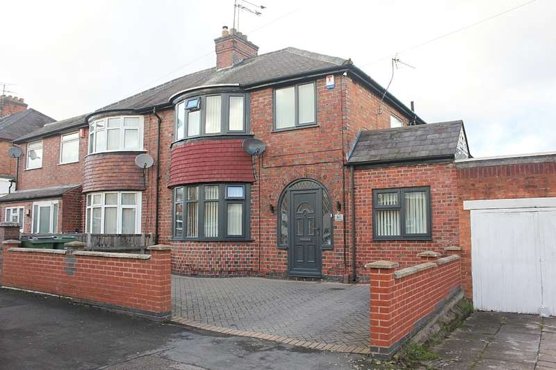 4 Bedrooms Semi Detached House for sale in Kirkland Road, Leicester