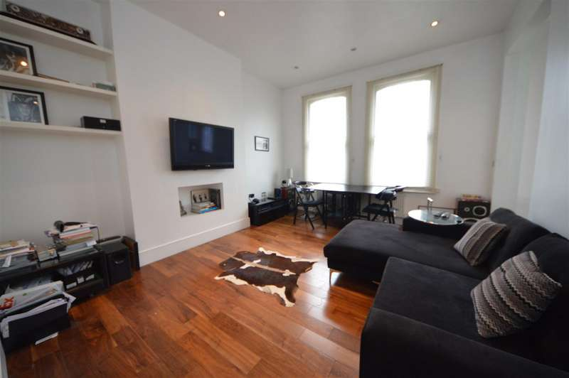 2 Bedrooms Flat for sale in Priory Terrace, South Hampstead NW6