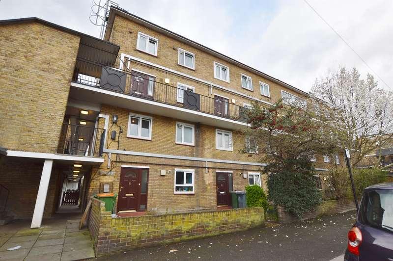 3 Bedrooms Maisonette Flat for sale in Kelland Road, Plaistow, London, E13 8DS