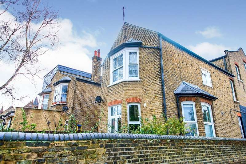 1 Bedroom Apartment Flat for sale in Norwich Road, London, E7