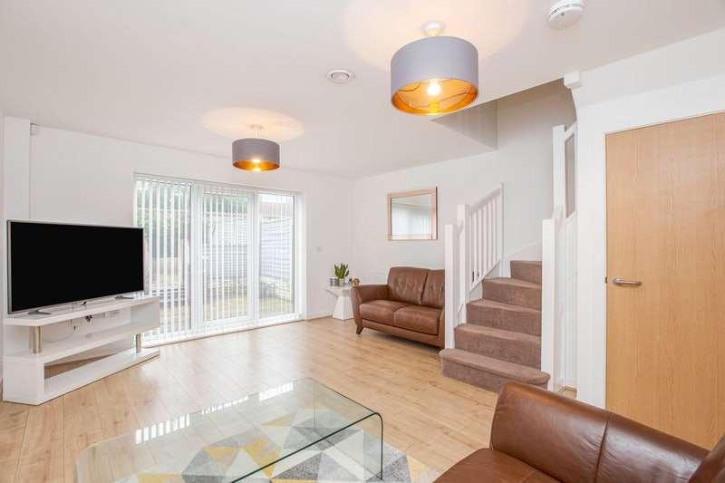 2 Bedrooms Terraced House for sale in Ashton Bank Way, Preston, Lancashire, PR2