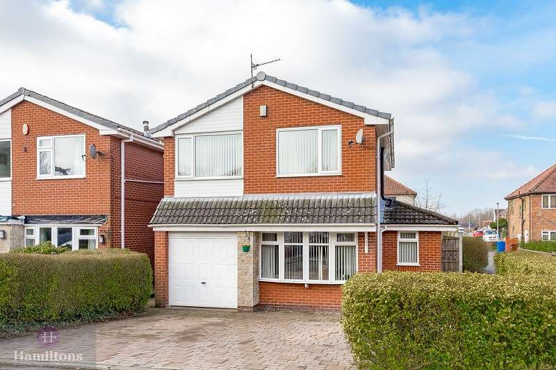 3 Bedrooms Detached House for sale in Wynton Close, Leigh, Greater Manchester. WN7 3NB