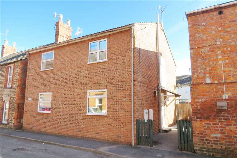 2 Bedrooms Semi Detached House for sale in Castle Street, Sleaford
