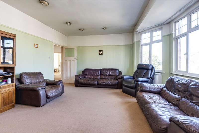 4 Bedrooms Apartment Flat for sale in Hillfield Road, West Hampstead, London NW6