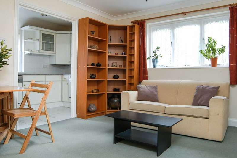 1 Bedroom Flat for sale in St Simon's Hall, Maida Vale, W9