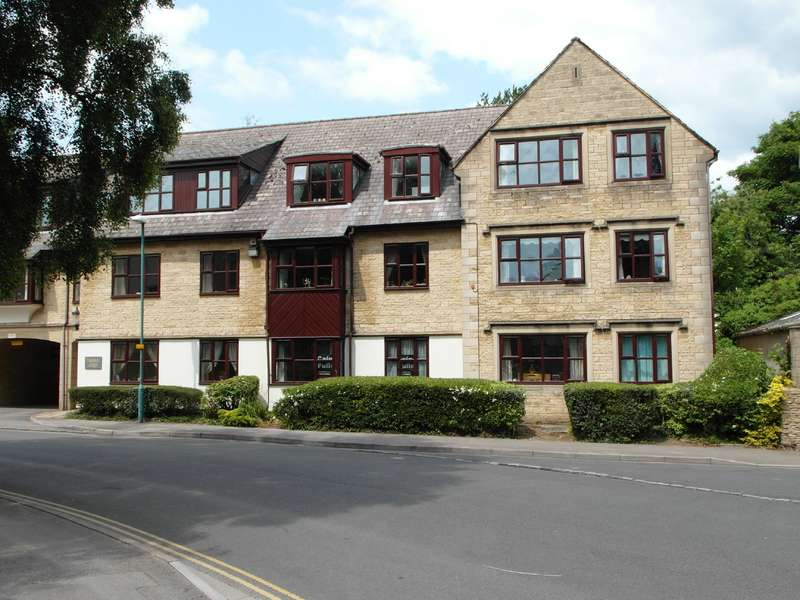 2 Bedrooms Property for sale in Palestra Lodge, CIRENCESTER