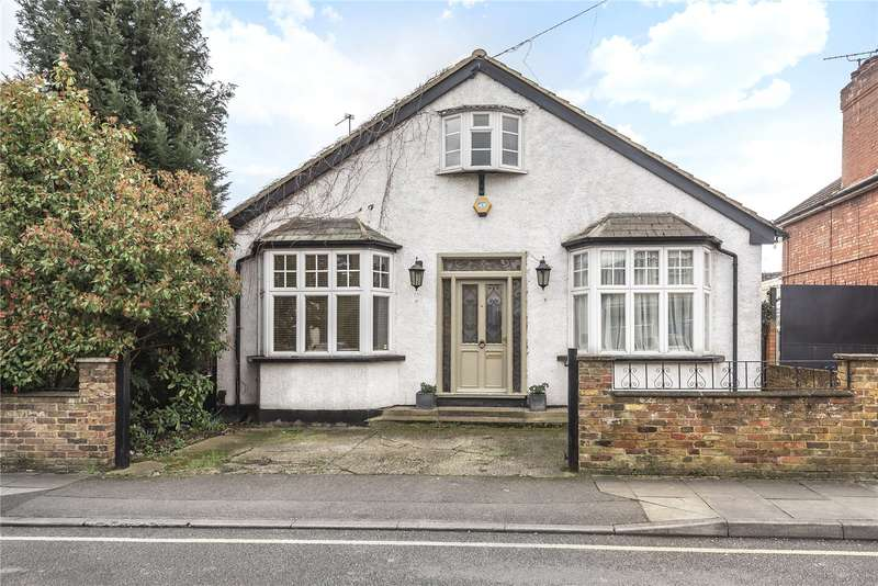 4 Bedrooms Detached Bungalow for sale in St. Stephens Road, Yiewsley, Middlesex, UB7