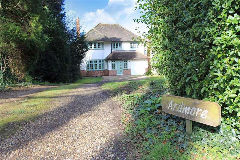 5 Bedrooms Detached House for sale in Forest Drive, Kirby Muxloe, Leicestershire