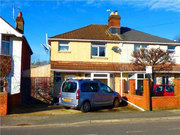 3 Bedrooms Semi Detached House for sale in Norham Avenue, Southampton, Hampshire