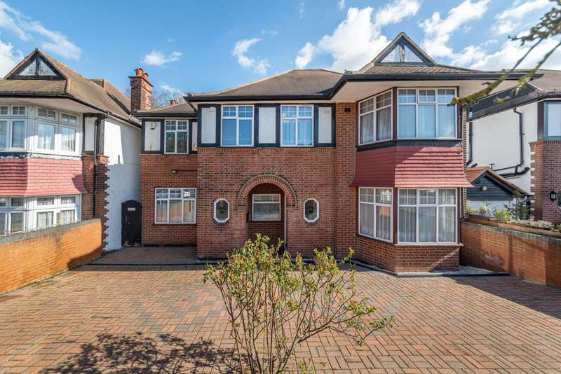 6 Bedrooms Detached House for sale in Barn Hill, Wembley Park, HA9