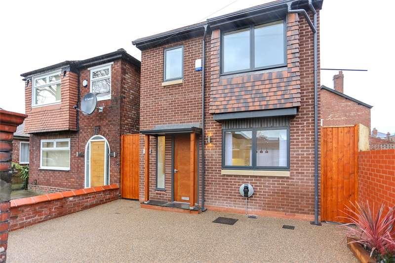 3 Bedrooms Detached House for sale in Grangethorpe Drive, Burnage, Manchester, M19