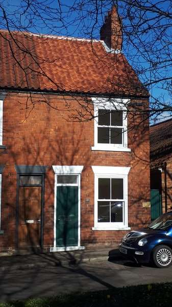 2 Bedrooms Terraced House for sale in Beck Hill, Barton-upon-Humber, Lincolnshire, DN18