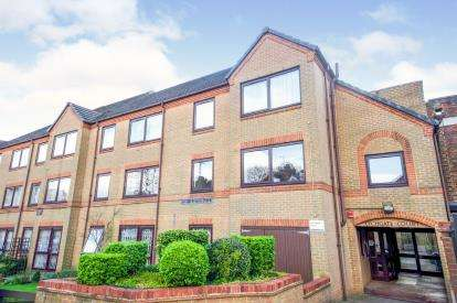 2 Bedrooms Retirement Property for sale in Lychgate Court, 34 Friern Park, North Finchley, London