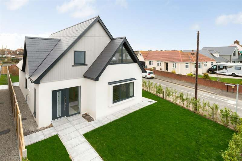 4 Bedrooms Detached House for sale in Herne Bay Road, Tankerton, Whitstable