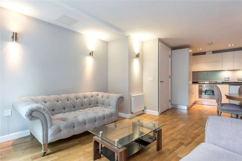2 Bedrooms Flat for sale in Enfield Road, Islington, London