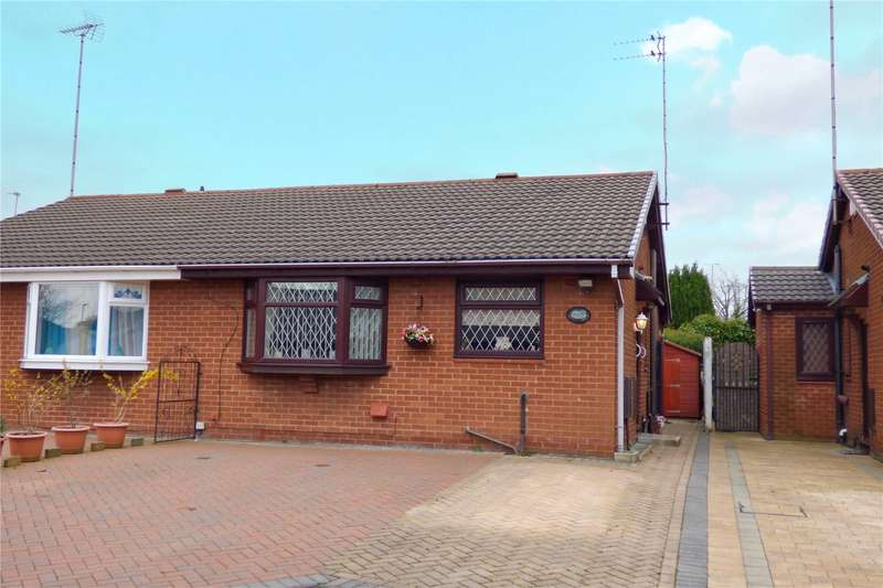 2 Bedrooms Semi Detached Bungalow for sale in Sundew Place, Mills Hill, Middleton, Manchester, M24