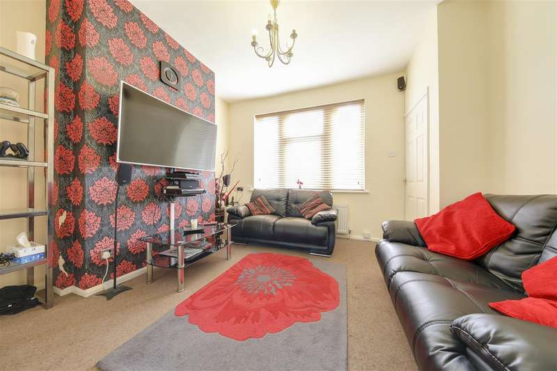 2 Bedrooms Town House for sale in Fallbarn Crescent, Rawtenstall, Rossendale