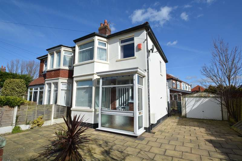 3 Bedrooms Semi Detached House for sale in Teenadore Avenue, Blackpool, FY4 3JN