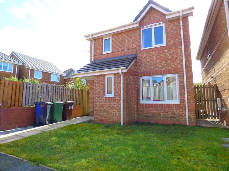 3 Bedrooms Detached House for sale in Cockerell Drive, Britannia, Bacup, Lancashire, OL13