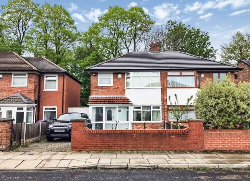 3 Bedrooms Semi Detached House for sale in Station Road, Liverpool, Merseyside, L25