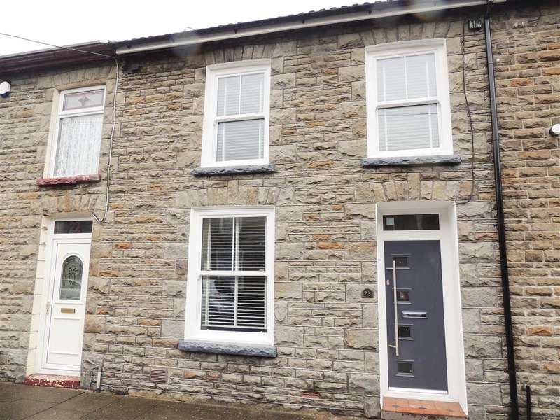 3 Bedrooms Terraced House for sale in Stanley Road, Pentre