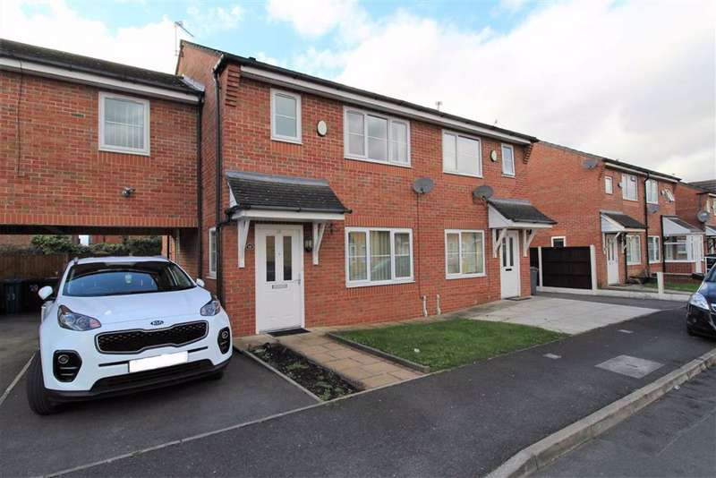 3 Bedrooms Semi Detached House for sale in Wray Gardens, Levenshulme, Manchester