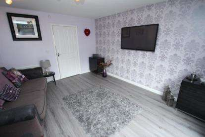 3 Bedrooms Terraced House for sale in Crofton Wynd, Airdrie, North Lanarkshire