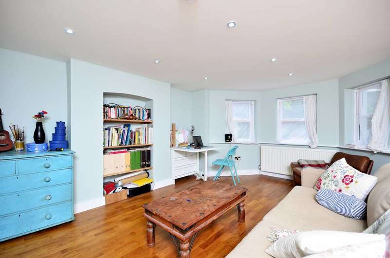 1 Bedroom Flat for sale in Mildenhall Road, Clapton, E5