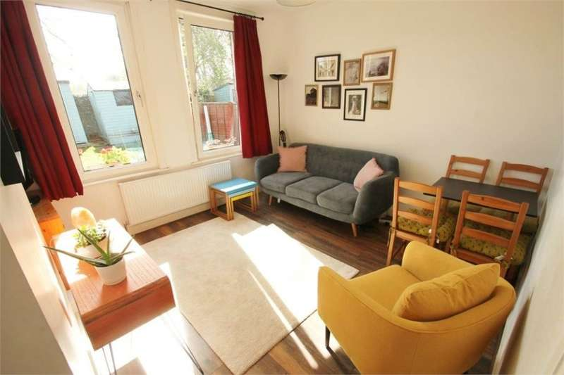 2 Bedrooms Flat for sale in Walthamstow E17