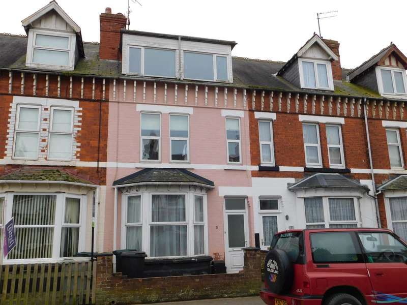 5 Bedrooms Terraced House for sale in Brunswick Drive, Skegness, PE25 2QT